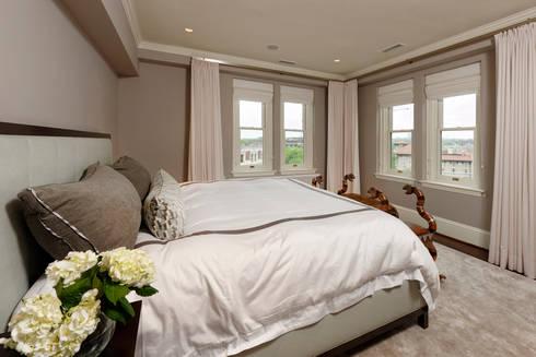 Luxury Kalorama Condo Renovation in Washington DC: minimalistic Bedroom by BOWA - Design Build Experts
