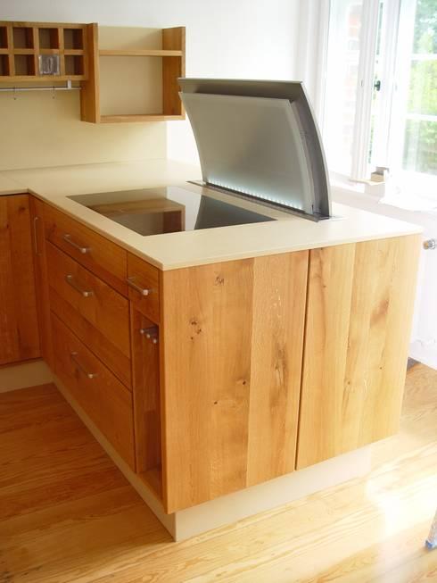 Echtholzküchen von HENCHE Möbelwerkstätte