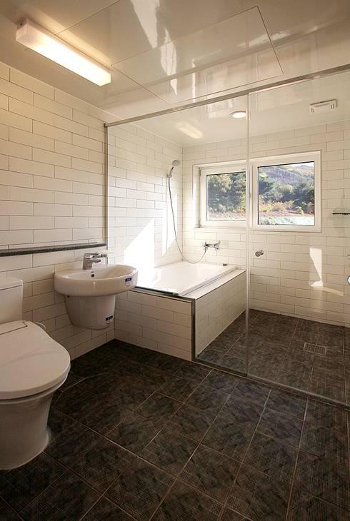 ห้องน้ำ by 로이하우스