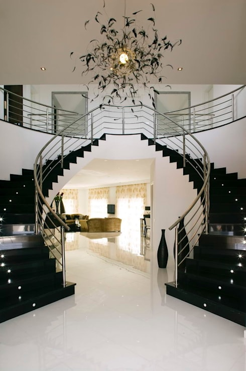 Pasillos y recibidores de estilo  por Archiultimate, architecture & interior design
