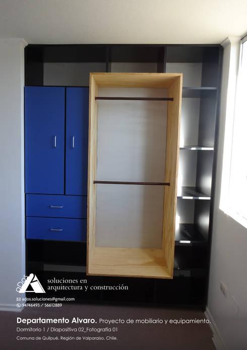 Departamento Alvaro. Proyecto de mobiliario y equipamiento: Vestidores y closets de estilo moderno por Ados