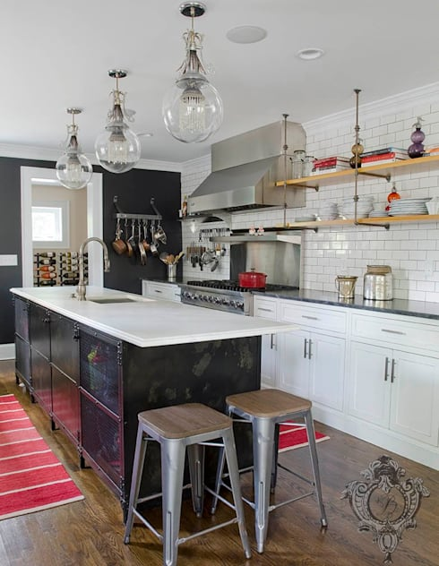 Kitchen: industrial Kitchen by Kellie Burke Interiors