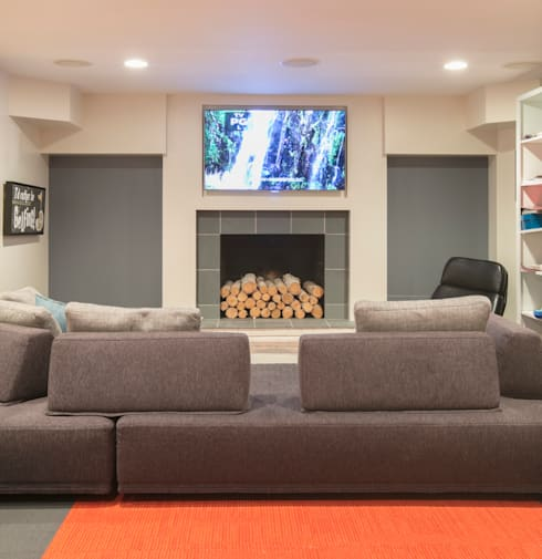 Spring Valley Residence: modern Media room by FORMA Design Inc.