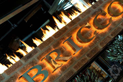 Restaurant Signage:  Commercial Spaces by Kellie Burke Interiors