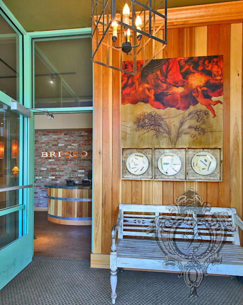 Restaurant Foyer:  Commercial Spaces by Kellie Burke Interiors
