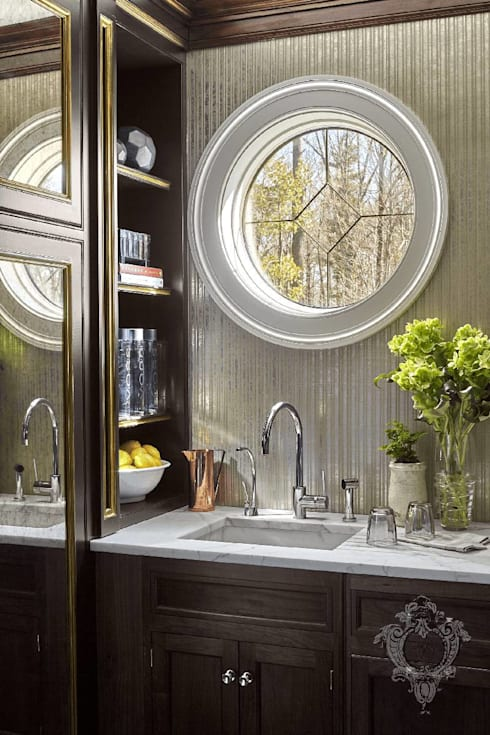 Butler's Pantry:  Kitchen by Kellie Burke Interiors