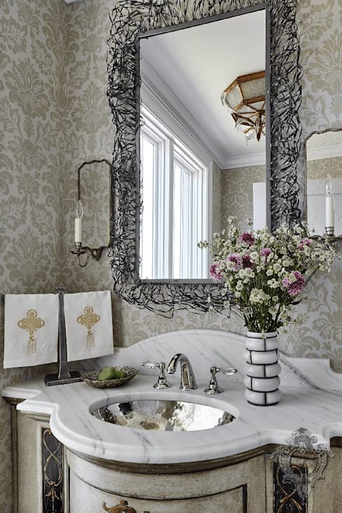 Guest Bathroom:  Bathroom by Kellie Burke Interiors