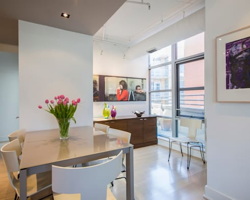 Penthouse on Church Street: modern Dining room by FORMA Design Inc.