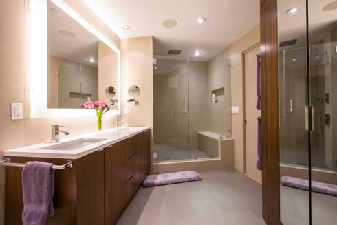 Penthouse on Church Street: modern Bathroom by FORMA Design Inc.