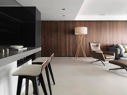 永和時尚休閒美宅:  客廳 by 空間制作所