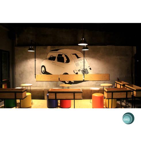 Oro Colato - Gelato and Bar:  Koridor dan lorong by IDEO DESIGNWORK