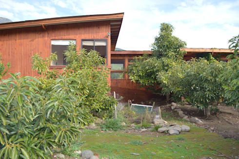 Casa Ecológica en Olmué: Casas de estilo rústico por Nido Arquitectos