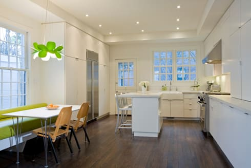 California Casual in Georgetown: modern Kitchen by FORMA Design Inc.