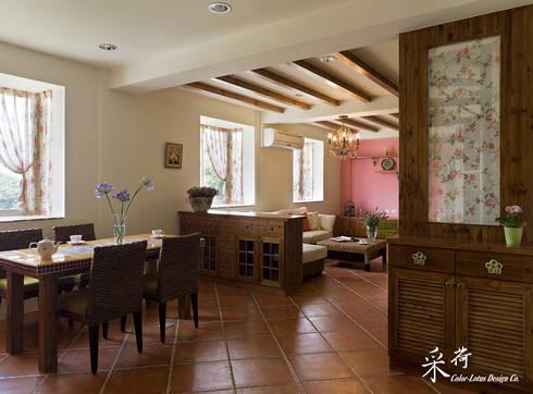 雙溪山居-鄉村風格:  玄關、走廊與階梯 by 采荷設計(Color-Lotus Design)