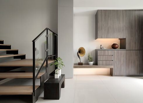 展Zhan:  走廊 & 玄關 by 禾築國際設計Herzu  Interior Design