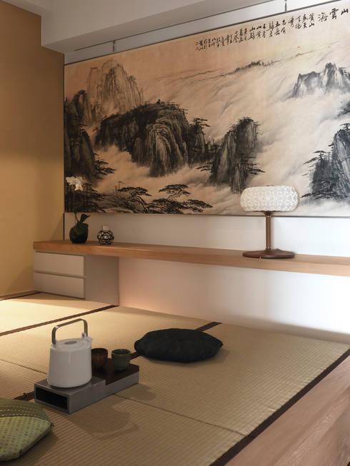 思路 延伸 Sense of Meditation:  臥室 by 禾築國際設計Herzu  Interior Design
