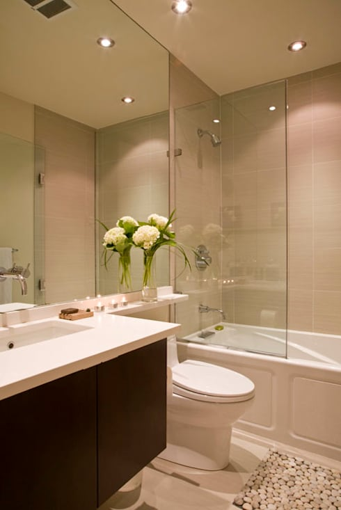 Zen Modern 2.0: modern Bathroom by FORMA Design Inc.