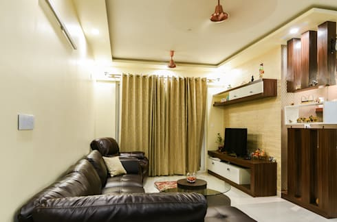 Two BHK—Whitefield: classic Living room by Wenzelsmith Interior Design Pvt Ltd