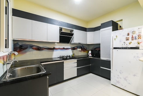 Two BHK—Whitefield:  Kitchen units by Wenzelsmith Interior Design Pvt Ltd