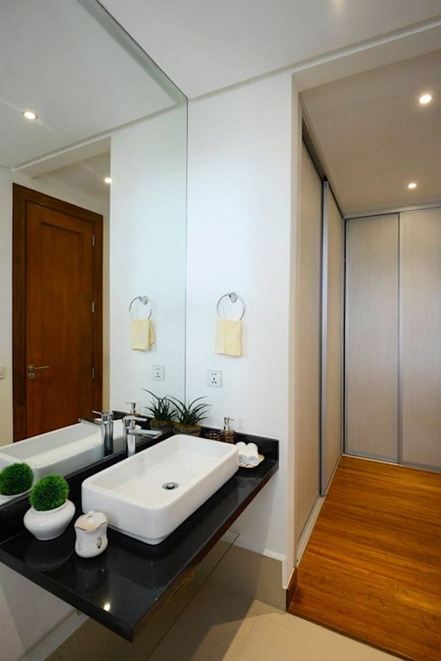 KASA: asian Bathroom by Marilen Styles