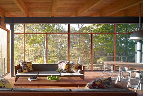 Paradise Lane, Litchfield County, CT:  Patios & Decks by BILLINKOFF ARCHITECTURE PLLC