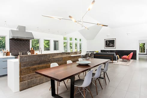 Quogue Weekend House, Quogue, NY: modern Dining room by BILLINKOFF ARCHITECTURE PLLC