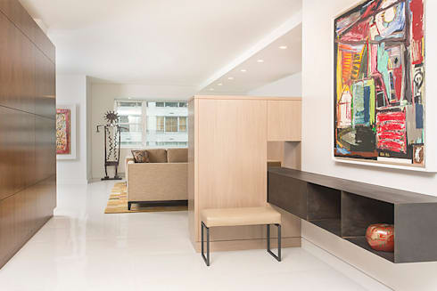 East 69th Street Apartment, NYC:  Corridor & hallway by BILLINKOFF ARCHITECTURE PLLC