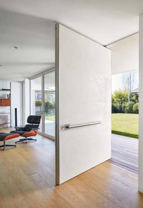 Paredes y suelos de estilo  por Fermox Solutions
