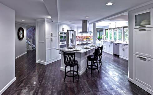 2014 Coty Award Wining Kitchen: classic Kitchen by Main Line Kitchen Design