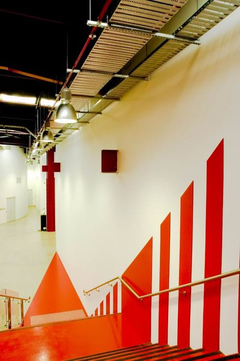 Staircase/ Artistic Wall and flooring:  Schools by Studio - Architect Rajesh Patel Consultants P. Ltd