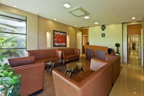 Waiting Area:  Office buildings by Studio - Architect Rajesh Patel Consultants P. Ltd