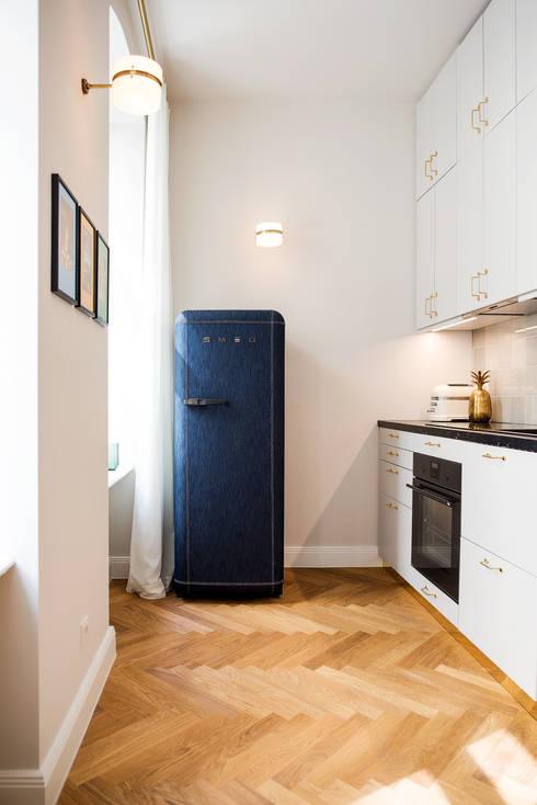 Küche:  Küchenzeile von THE INNER HOUSE