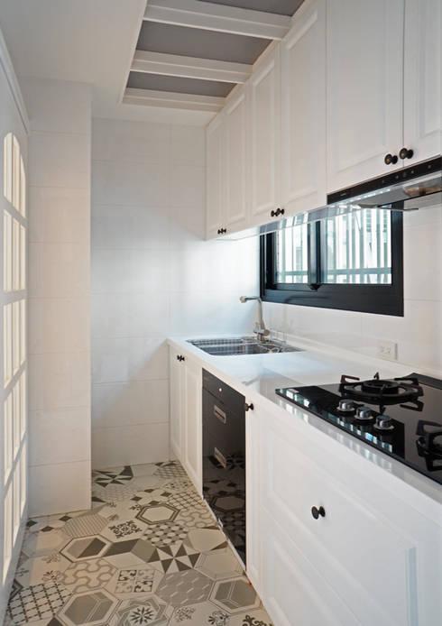 ห้องครัว by ISQ 質の木系統家具