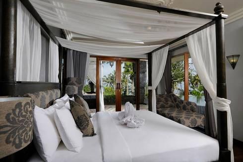 Bedroom 1:  Bedroom by Credenza Interior Design