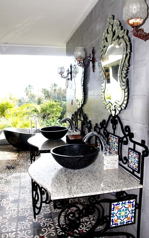 حمام تنفيذ Credenza Interior Design