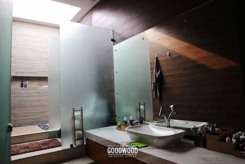 Rumah A+S:  Kamar Mandi by The GoodWood Interior Design