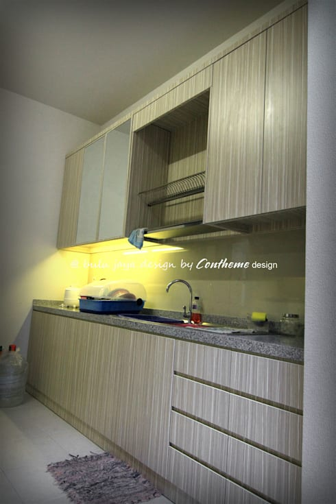 Dapur Minimalis:  Kitchen by Contheme Design