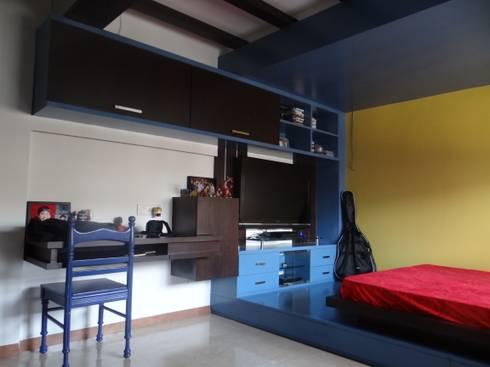 Kid's Bedroom : modern Bedroom by Core Design