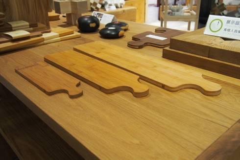竹砧板:  廚房 by 四一室內裝修有限公司