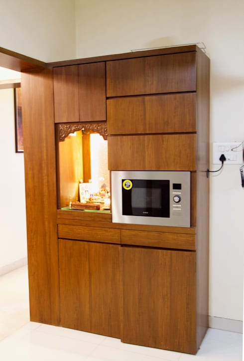 AMIT BLOOMFIELD 3BHK:  Kitchen by decormyplace