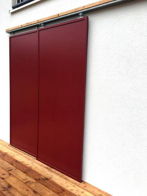 Cửa kéo by PWQUADRAT Wagner Weinzierl Architekten pw2