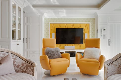 法式浪漫古典:  客廳 by 哲嘉室內規劃設計有限公司
