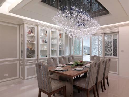 奢華新古典:  餐廳 by 哲嘉室內規劃設計有限公司