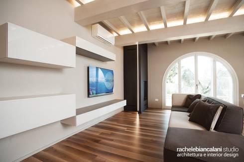 minimalistic Living room by Rachele Biancalani Studio - Architecture & Design
