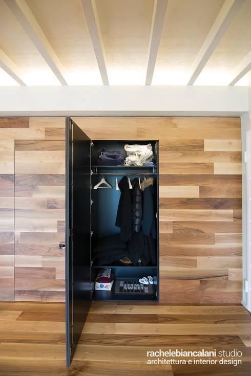 minimalistic Dressing room by Rachele Biancalani Studio - Architecture & Design