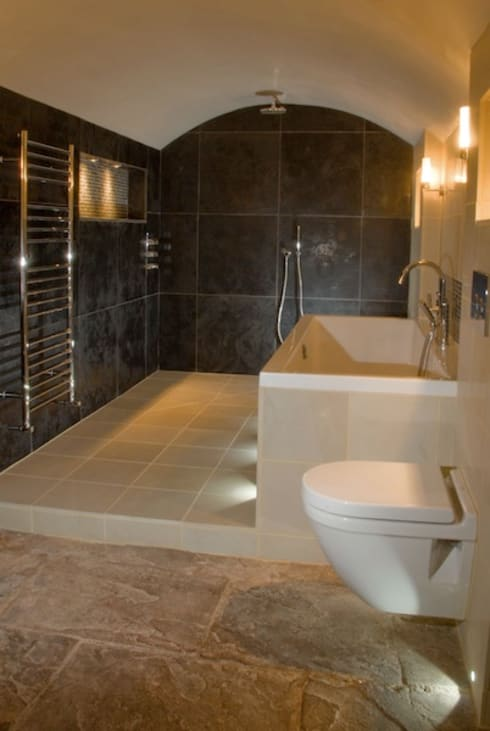 test2: modern Bathroom by Threesixty Services Ltd