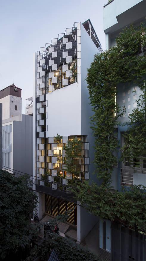STH - Nhà thang:  Nhà gia đình by deline architecture consultancy & construction