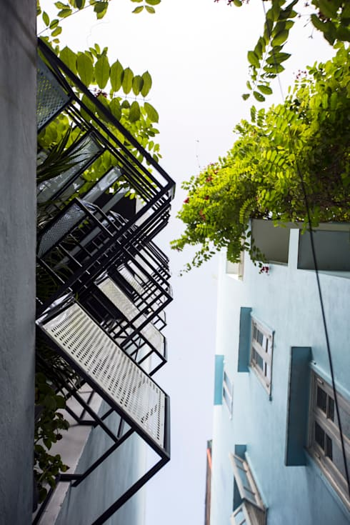 STH - Nhà thang:  Nhà by deline architecture consultancy & construction