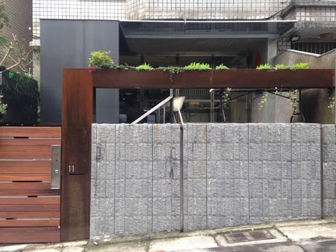 外牆:  辦公室&店面 by 四一室內裝修有限公司