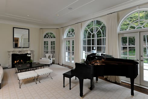 Purchase Consultation and Whole House Renovation in Potomac, Maryland: classic Living room by BOWA - Design Build Experts